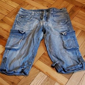 Jean Bermuda Cargo-like Shorts